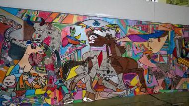 Mural del Guernica hecho por los alumnos del CEIP San Marcos
